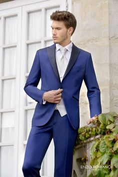 trajes de novio azul - Buscar con Google