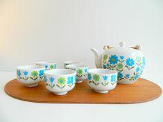 Asahi Japan Mod Blue and Green Floral Tea Set via Etsy.