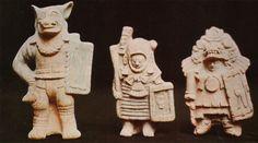 Se trata de instrumentos comunes en la casi totalidad de las culturas precolombinas y existen variadísimos ejemplos. Pero indudablemente sobresalen las colecciones que posee el Museo Pol-Vuh de la ciudad de Guatemala pertenecientes a la cultura Maya-Nebaj.