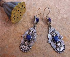 Silver and lapis lazuli earrings. Pendientes de plata. Pendientes Afganistán. Joyería étnica. Pendientes étnicos. Afghan Jewellery.