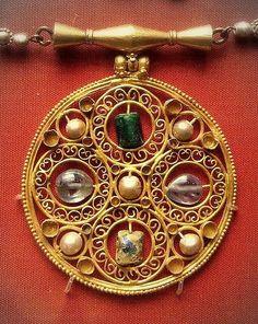 7th century Byzantine pendant