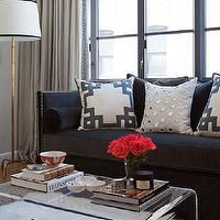 How To Decorate A Living Room With A Black Leather Sofa