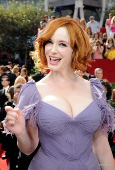 Gentleman Boners is a true gentleman's club. Only the finest eye candy of the classiest nature can be found here. Christina Hendricks Bikini, Cristina Hendricks, Jessica Chastain, Beautiful Celebrities, Beautiful Actresses, Beautiful Women, Kat Dennings Bikini, Beautiful Christina, Gorgeous Redhead