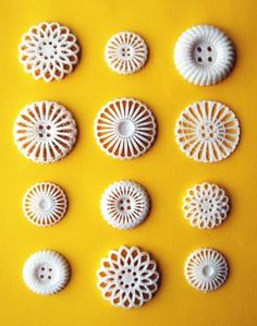 3D printed buttons, made from PLA, a thermoplastic polyester derived from renewable resources. Designed by Femke Roefs and Leoni Werle.