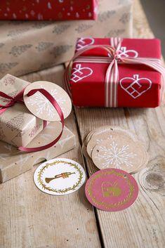 Christmas Gift Tags, Christmas Colors, All Things Christmas, Merry Christmas, Christmas Decorations, Christmas Inspiration, Gift Wrapping, Wrapping Ideas, Stuff To Do