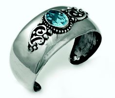 Beautifully detailed vintage cuff with Victorian features and a Light Turquoise Swarovski Crystal stone - new to the Swarovski range. (B1153)
