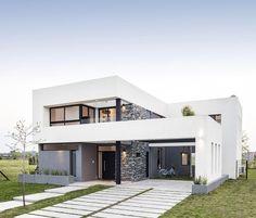 Estudio PikoHome PKH - Casa De La Palmera - Portal de Arquitectos Modern House Floor Plans, Modern Exterior House Designs, Modern House Design, Minimal Home, Minimalist Home Decor, Casas Country, Small Modern Home, Family House Plans, Dream House Interior