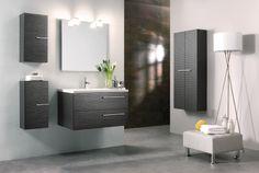 Muebles de baño Dune. Combinación azulejo blanco, suelo gris.