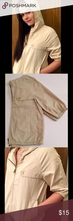 Old Navy 3/4 Sleeve Jacket Old Navy 3/4 sleeve tan spring jacket. Pocket detailing, hood, zipper closure. Size XSmall. Old Navy Jackets & Coats