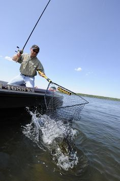 How Can I Catch Hot Weather Walleyes - Summer Fishing Tricks – Tricks For Catching Summer Fish - Ice Fishing Lures, Walleye Fishing, Carp Fishing, Best Fishing, Saltwater Fishing, Kayak Fishing, Fishing Tips, Fishing Boats, Fishing Quotes