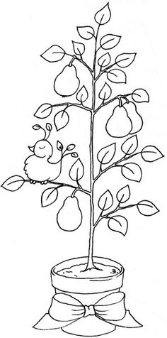 Beccy's Place: Partridge in a Pear Tree...she has cute free designs
