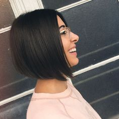 Best Short Bob Haircuts and Hairstyles for Women Best Haircuts for Women 2019 Medium Short Long Hair Bob Haircuts For Women, Haircuts For Curly Hair, Short Bob Haircuts, Hairstyles Haircuts, Short Brown Hair, Short Hair Cuts, Medium Hair Styles, Curly Hair Styles, Growing Out Hair