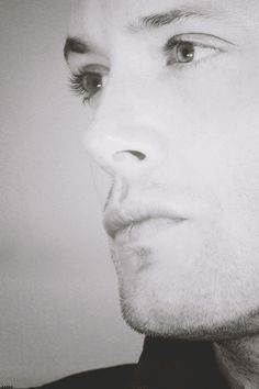 Jensen and eyelashes and.... I think I'm done now... bye... LACon2010 (elsiecat)