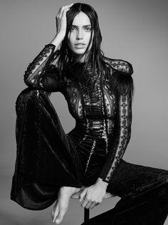 Amanda Wellsh By Nicole Heiniger For Harper's Bazaar Brazil February 2016 (1) • Minimal . / Visual .