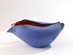 Scultura ciotola in ceramica design contemporaneo.