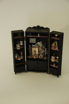 http://petites-curiosites.com/armoire_xs#