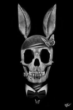 Fantasmagorik Playboy Skull by Obery Nicolas.