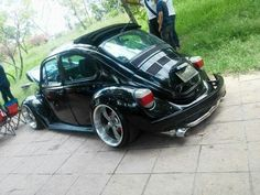 I love the Super Beetles Custom Vw Bug, Custom Cars, Carros Turbo, Vw Bus, Jetta A4, Vw Cabrio, Vw Super Beetle, Kdf Wagen, Hot Vw