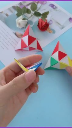 Crafts For 3 Year Olds, 5 Year Olds, Fun Crafts, Crafts For Kids, Arts And Crafts, Old Boys, 3 Years, Origami, Stars