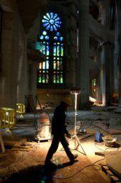 Dois terços da Sagrada Família de Barcelona estão já prontos e obra termina em 2026 - PÚBLICO