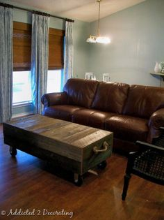 Google Image Result for http://decorhacks.com/wp-content/uploads/2011/07/diy-factory-cart-coffee-table.jpg