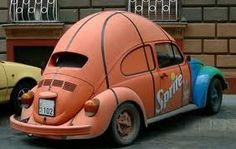 VW Beetle PIctures Collection of cool VW Beetle car pictures featuring vintage and modern day beetle modded cars. Vw Bus, Vw T1 Camper, Auto Volkswagen, Weird Cars, Cool Cars, Crazy Cars, Photo Basket, Carros Vw, Combi Wv