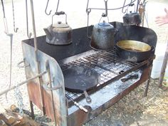 Tex Mex and Southwest Cuisine Dutch Oven Table, Dutch Oven Cooking, Dutch Oven Recipes, Cooking Stove, Cooking Oil, Fire Pit Cooking, Cast Iron Cooking, Tex Mex, Chuck Wagon