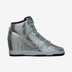 Nike Dunk Sky Hi (Women's Marathon) Women's Shoe