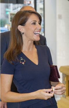 Queens & Princesses - While Princess Marie was in New York to attend an international conference on autism, she also opened yesterday a new LEGO store on 5th Avenue.