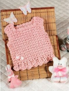 Captivating Crochet a Bodycon Dress Top Ideas. Dazzling Crochet a Bodycon Dress Top Ideas. Crochet Romper, Crochet Halter Tops, Crochet Skirts, Crochet Bebe, Crochet Baby Clothes, Crochet Cardigan, Crochet Yarn, Crochet Top, Knitting For Kids
