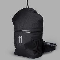 11 BY BORIS BIDJAN SABERI / SS17 BACKPACK - Wasserdichter Rucksack - Made in Germany - INFLUENCED BY MILIARY AND STREET GANG REFERENCES FROM ALL AROUND THE GLOBE. -- #borisbidjan #bbs #11 #ss17 #backpack #rucksack #madeingermany #techwear #techwearshop #hamburg #acrnm #acronym #nikeLAB #allconditionsgear #ACG #urban #goretex #fashion #streetwear #tech #style #guerrilliagroup #hypebeast #highsnobiety #bagjack #shop #menswear #black