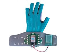 """Imogen Heap's Mi.Mu Gloves Can Help People With Disabilities """"fulfil What's In Their Head"""" - http://decor10blog.com/decorating-ideas/imogen-heaps-mi-mu-gloves-can-help-people-with-disabilities-fulfil-whats-in-their-head.html"""
