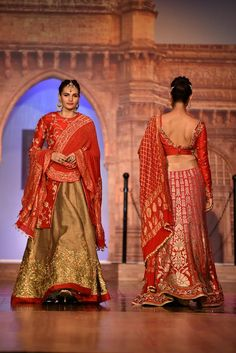 Shilpa Chaurasia is ready with her Fall Collection to suit every fashion need of the Indian fashion conscious consumer. Her collection includes beautifully embroidered clothing for women that keep her warm and looking like a Diva throughout the day.