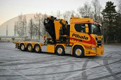 Heavy Duty Trucks, Heavy Truck, Cool Trucks, Big Trucks, Road Hog, Hot Black Women, Cab Over, Fifth Wheel, Semi Trucks