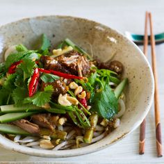 Five-spice and Lemongrass Beef or Pork with Noodles - Nadia Lim Pork Recipes, Asian Recipes, Cooking Recipes, Healthy Recipes, Ethnic Recipes, Savoury Recipes, Healthy Dinners, Recipies, Cooking Game