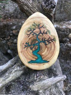 - Holzkopf - - Holzschmuck - New epoxy web Diy Resin Crafts, Wood Crafts, Diy And Crafts, Stick Crafts, Fall Crafts, Epoxy Resin Wood, Resin Furniture, Resin Jewelry Making, Wood Burning Art