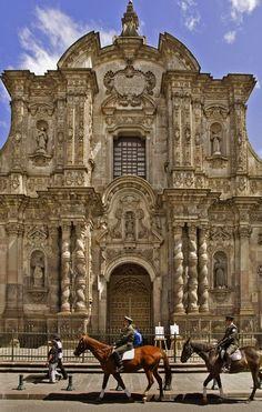 El recurso viene de un articulo en una periódico. Es arquitectura barroca española.