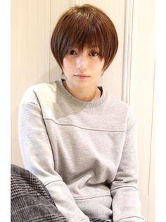 Reuna 【レウナ】 外苑前・青山・表参道黒髪でも可愛く決まるショートレイヤー