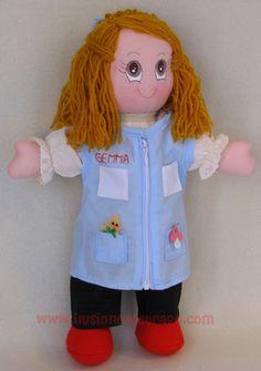 Muñeca de trapo profesora