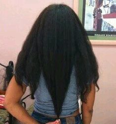 Growing Long Natural Hair with Chicoros Lead Hair Theory Curly Nikki Natural Hair Styles and Natural Hair Care How To Grow Natural Hair, Natural Hair Tips, Natural Hair Growth, Braids With Natural Hair, Undercut Natural Hair, Natural Hair Highlights, Natural Afro Hairstyles, Curly Nikki, Black Power