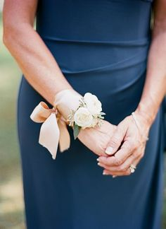 lovely corsage | Melissa Schollaert #wedding