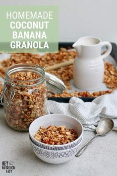 Use up your brown bananas in this healthy Coconut Banana Granola Recipe! Easy to make, vegan, and naturally sweetened with maple syrup, this homemade granola is perfect for breakfast or afternoon snacks. Healthy Afternoon Snacks, Yummy Snacks, Snack Recipes, Vegan Recipes, Sweet Recipes, Yummy Recipes, Banana Granola, Vegan Granola, Healthy Foods To Eat