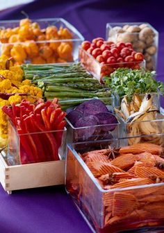 There's new research showing that carotenoids, phytonutrients found in yellow, orange and red fruits and vegetables, significantly reduce the risk of breast #cancer. http://www.naturalnews.com/038294_carotenoids_breast_cancer_prevention.html