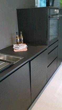 Kitchen Cabinets Brands, Kitchen Cabinet Design, Modern Kitchen Design, Interior Design Kitchen, Home Decor Kitchen, Kitchen Furniture, Home Kitchens, Furniture Design, New Kitchen Inspiration