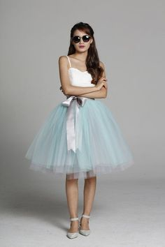 Jupon en tulle : Tulle Skirt Tea length Knee length Tutu Skirt Fixed Waist tulle tutu Princess Skirt Wedding Skirt in Mint and Grey  NC649-25