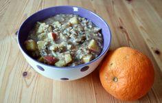 Weihnachtliches Frühstück auch bei Smü: Haferflockenbrei mit Apfel und Zimt