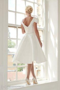 House of Mooshki 2020 Spring Bridal Collection – The FashionBrides Short Wedding Gowns, Wedding Dresses, Illusion Neckline, Bridal Collection, Flower Girl Dresses, Bride, Elegant, Champagne, Beautiful