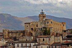 Capestrano Castle Abruzzo, #Italy #photography #castles