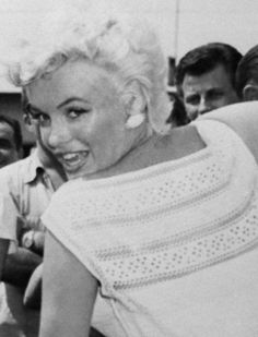 Marilyn arriving in Bement, Illinois, 1955.