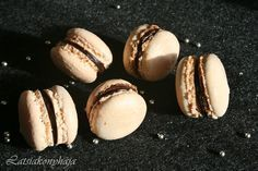 LATSIAKONYHÁJA: egyszerű francia macaron